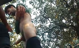 Sucking and fucking a delicious cock in the bushes