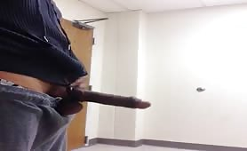 Exhibitionist jerk off in the hallway of the building