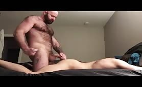 Hot couple, bear top seeding