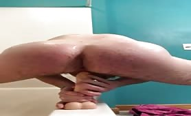 Curious str8 guy riding a dildo