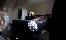 hidden cam str8 guy getting his ass beat up by a sexy bisex dude